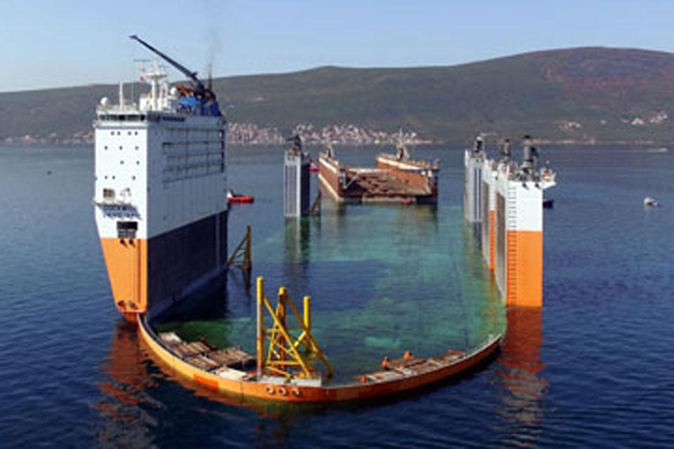 Самый большой док на Балтике отправляют для отладки уже на этой неделе