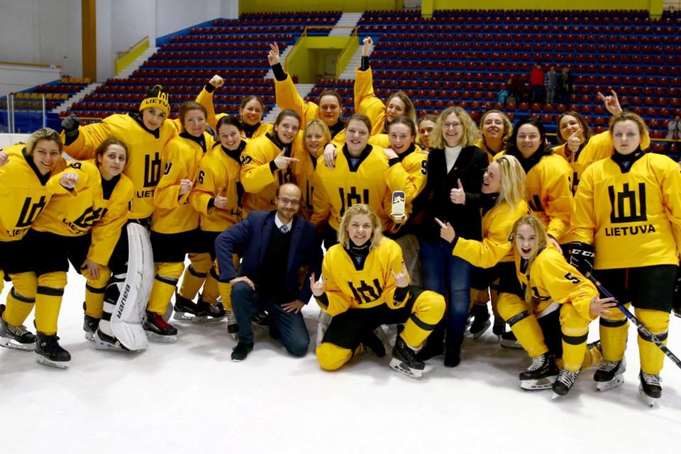 Lietuvos moterų ledo rinktinė liko penkta