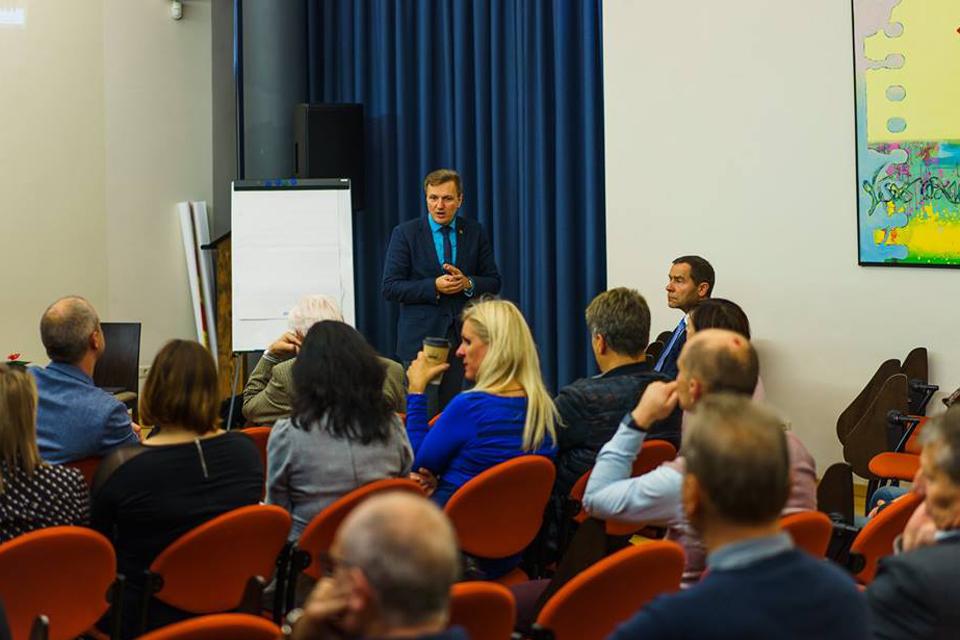 Švietimo bendruomenė išsakė, kokio proveržio trūksta Klaipėdos mokyklose