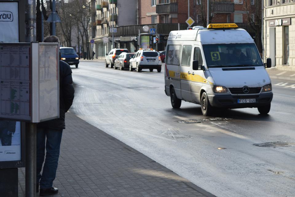 """""""Mikriukų"""" krizė: strėlės Savivaldybės vadovui"""