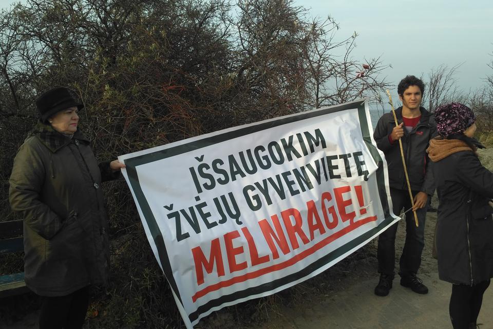 Prieš giliavandenį uostą – negausus protestas