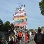 Baltijos kelio 30-metį paminėjo garsiai ir jūriškai
