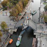 """""""Meridianą"""" plukdo remontuoti, nenusileido Pilies tiltas (pildoma)"""