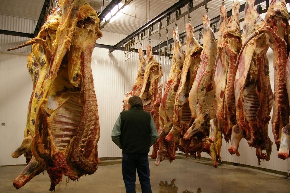 """""""Pajūrio mėsinė"""" išsigelbėjo nuo bankroto"""