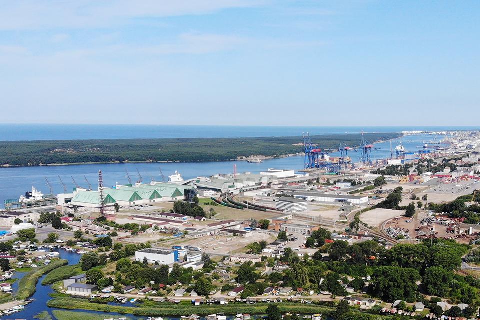 Pirmas pusmetis Klaipėdos uoste – įprastu tempu