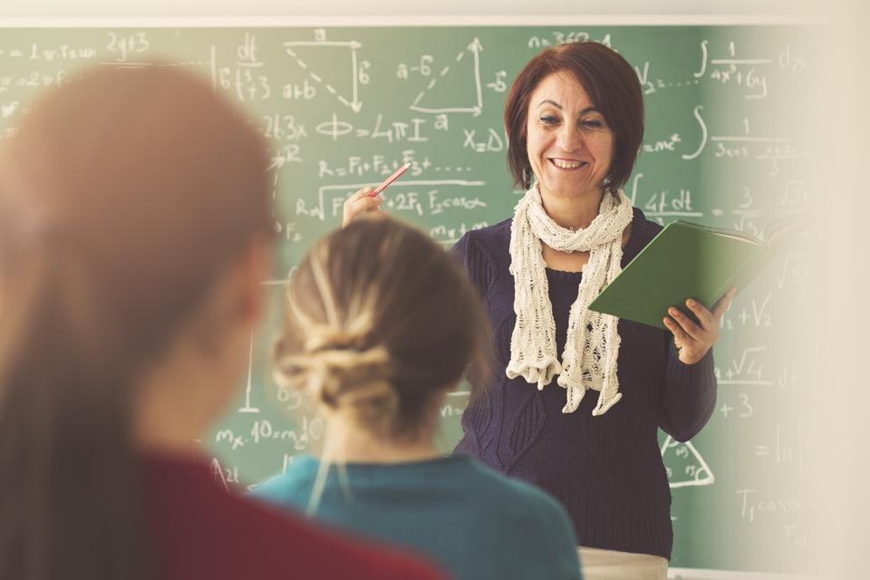 Ar etatinis mokytojų darbo užmokesčio modelio tobulinimas – tik dar viena imitacija?