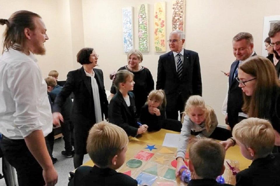 Švietimo ministras lankėsi Kretingos mokyklose