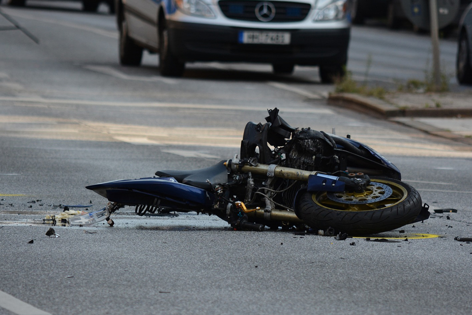 Vienas motociklininkas ligoninėje, kitas – apsvaigęs