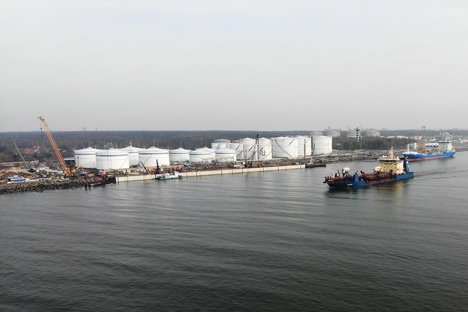"""""""Klaipėdos naftos"""" valdyba siūlo mokėti 5 mln. eurų dividendų"""