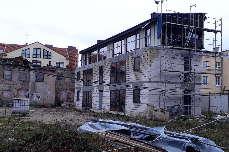 Irenos Šakalienės namas: rekonstrukcija ar naujo pastato statyba?