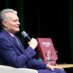 Prezidentas nori išleisti knygą apie Klaipėdos uostą