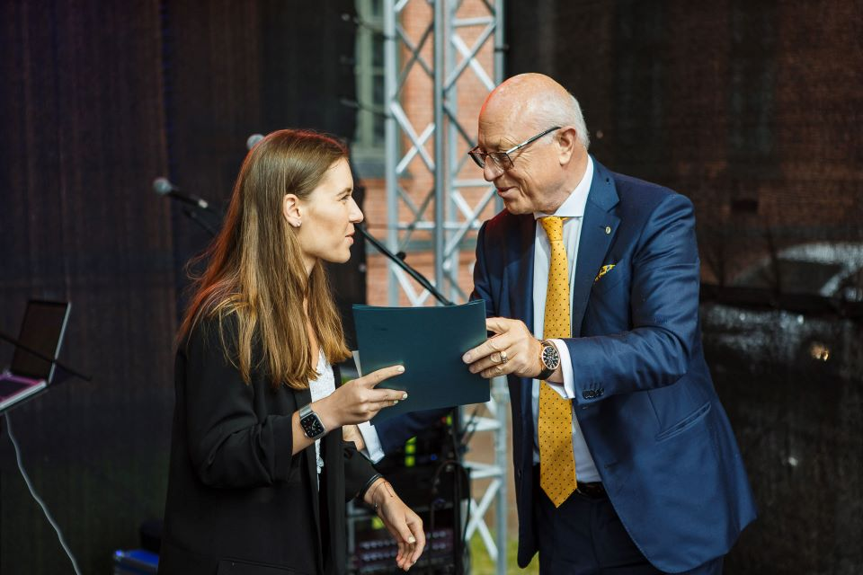 Klaipėdos pramonininkų asociacija įteikė stipendijas absolventams