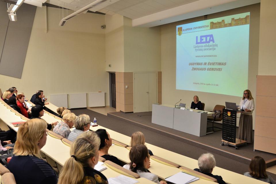 """Klaipėdos universitete vyko mokslinė konferencija """"Ugdymas ir švietimas žmogaus gerovei"""""""