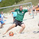 Paplūdimyje dėmesį prikaustė egzotiškas futbolas