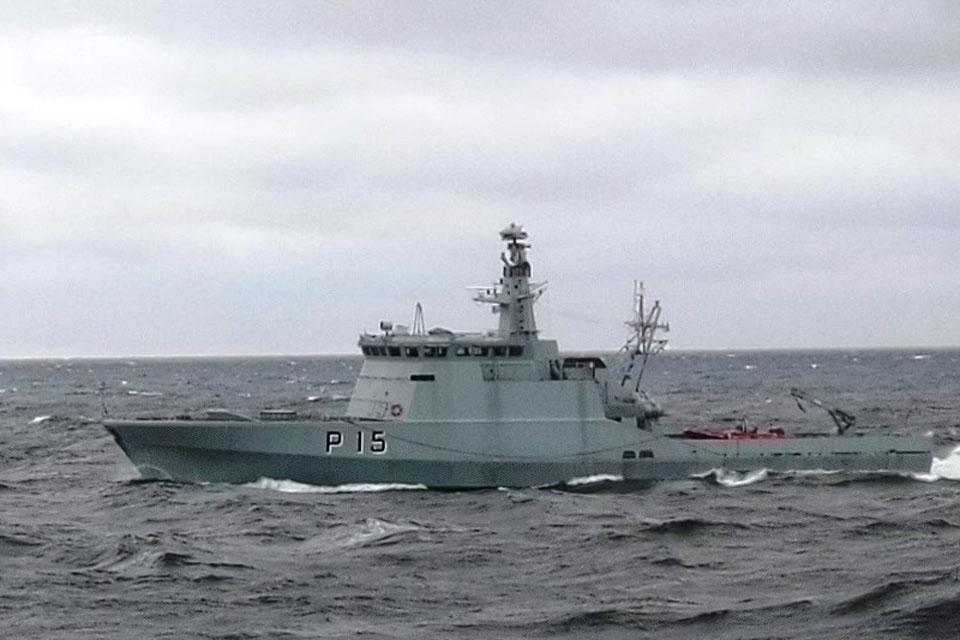 Kariniai laivai – tarptautinėse pratybose