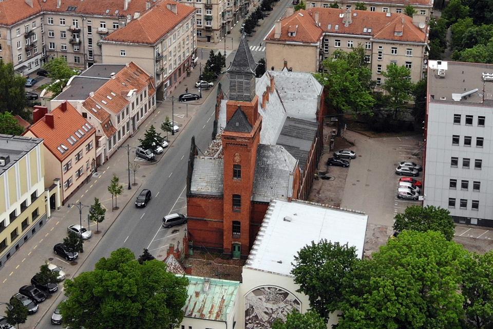 Vėl bandys spręsti Klaipėdos pašto rūmų likimą
