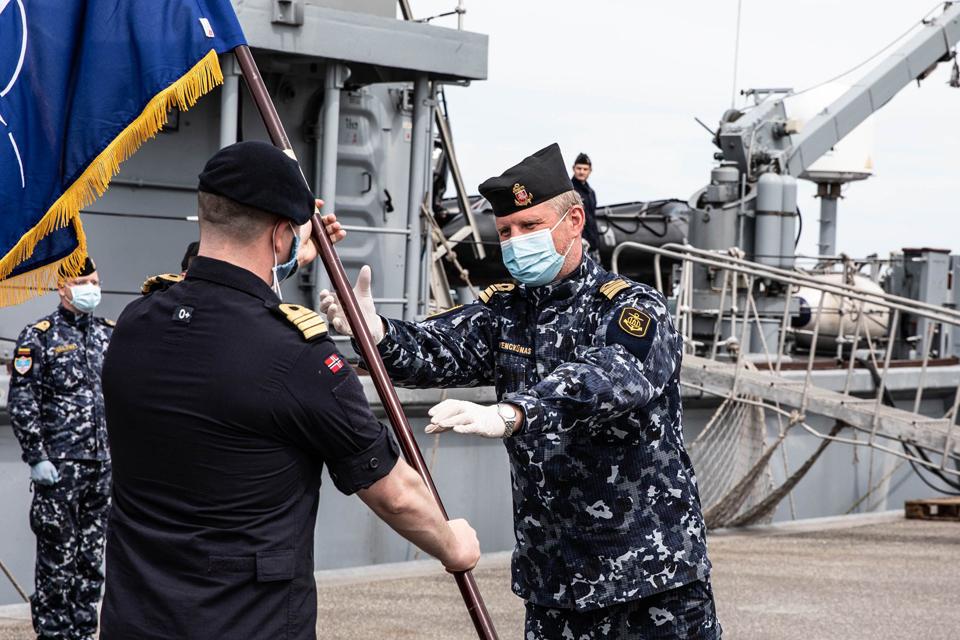 Lietuvos karininkas pradėjo vadovauti NATO priešmininių laivų grupei