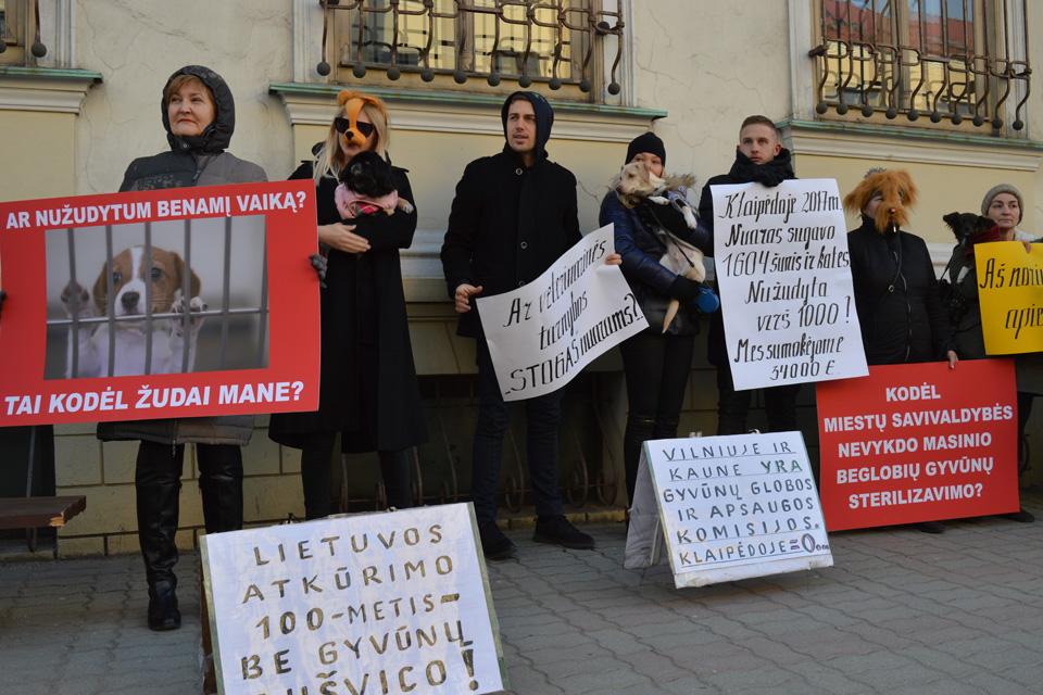 """Protestavo prieš """"gyvūnų Aušvicą"""""""