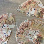 Darbuotoja įtariama pasisavinusi apie 20 tūkst. eurų