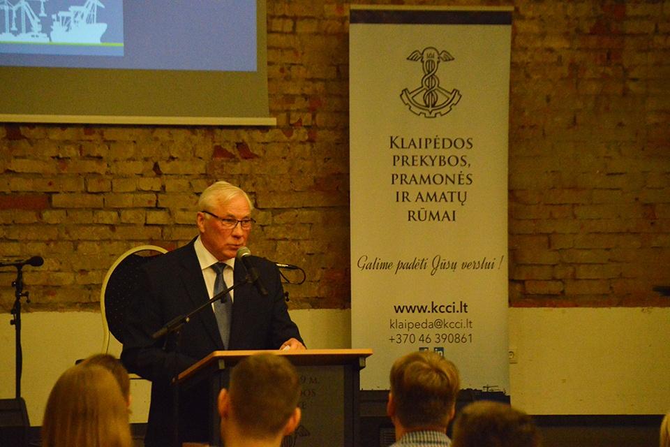 Klaipėdos prekybos, pramonės ir amatų rūmams toliau vadovaus Vladas Pleskovas