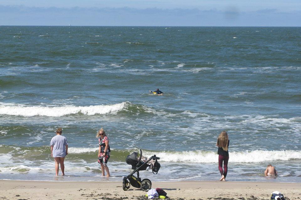 Klaipėdos paplūdimiuose – galvosūkis dėl maudynių
