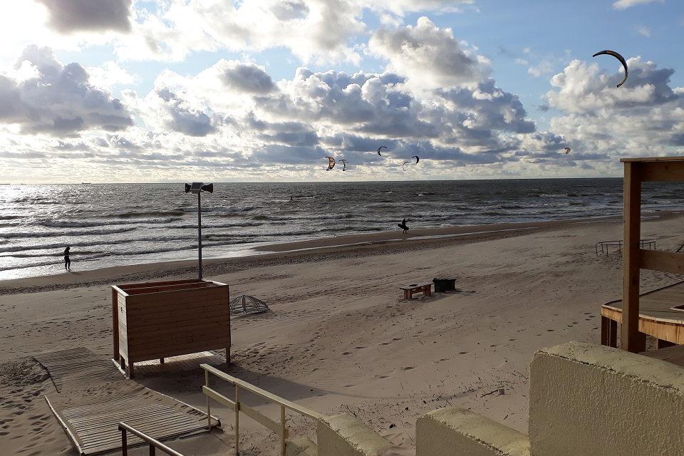 Įsitvirtino lietuviška vasara: bus ir lietaus, ir stiprių vėjų