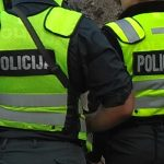 Už pasipriešinimą policijos pareigūnei - 4000 eurų bauda