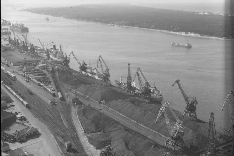 Prekybos uostas: nukirtęs šimtametį kelią į Melnragę, prarijęs Vitę