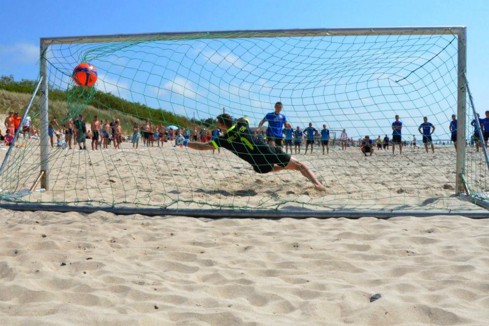 Klaipėdoje virė paplūdimio futbolo aistros
