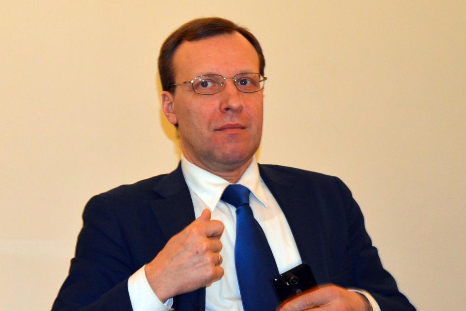 """N. Puteikis: """"Europarlamentarai už komandiruotes gali mokėti patys"""""""