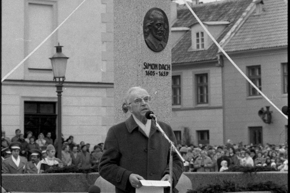 Sukaktis: 30 metų, kai suteiktas pirmasis po Nepriklausomybės Garbės klaipėdiečio vardas