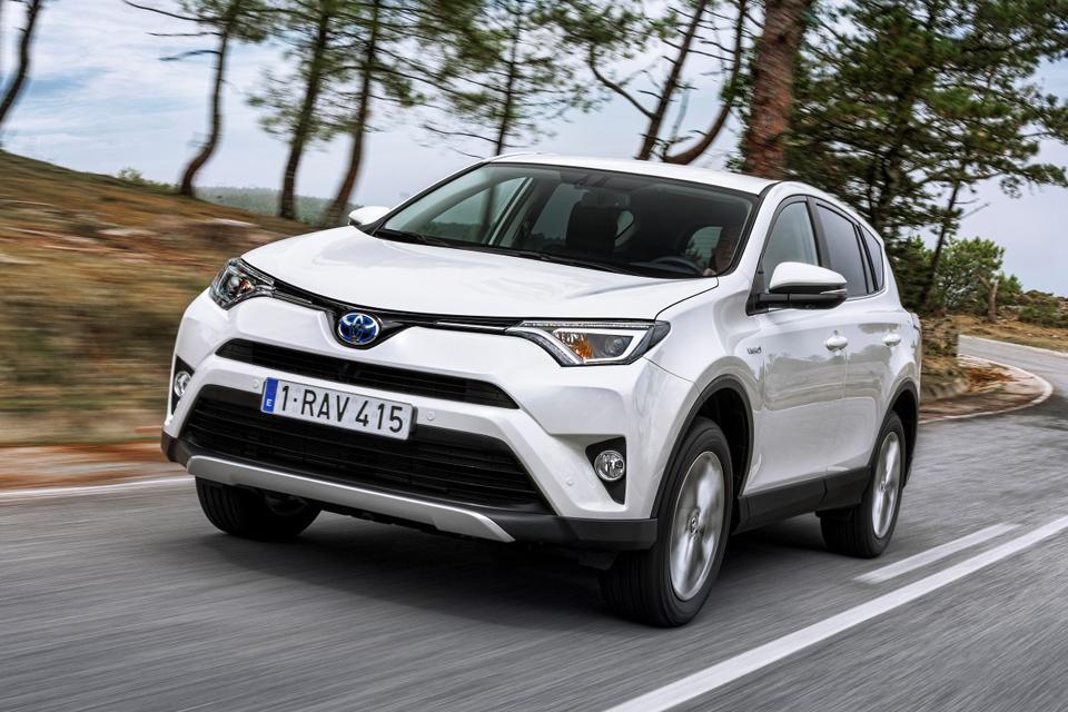 """Hibridiniai """"Toyota"""" modeliai ypač populiarūs pajūryje"""
