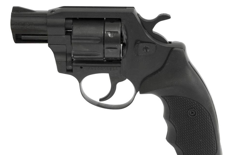 Demonstravo ginklą