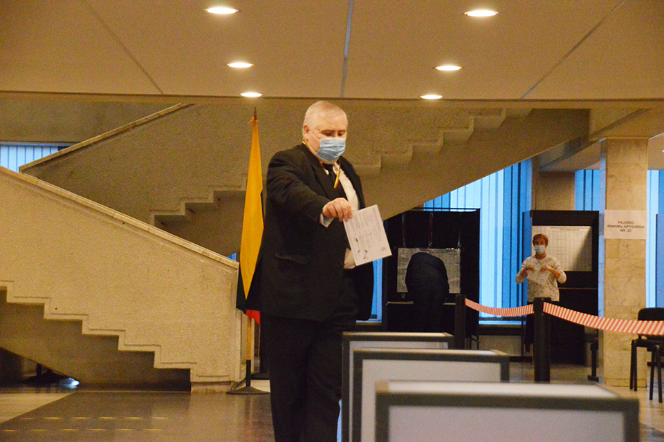 В Клайпеде началось досрочное голосование: исход второго тура в руках избирателей