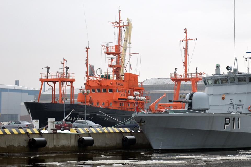 Kariuomenei laivą nori statyti septynios bendrovės