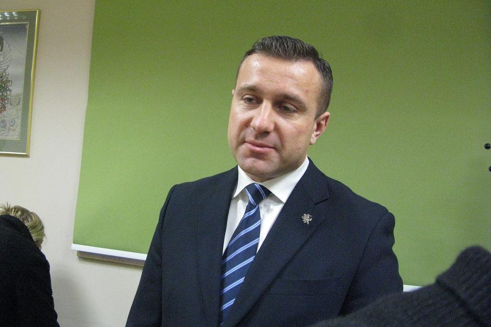 Iš pareigų atleistas  prokuroras S. Galminas sprendimo neskųs, žmona pateikia savo įvykių versiją