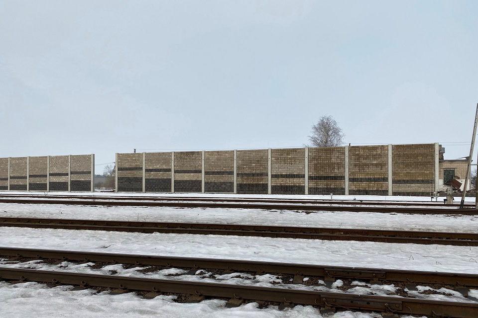 Triukšmą slopinančios sienelės – Kretingoje ir Klaipėdoje