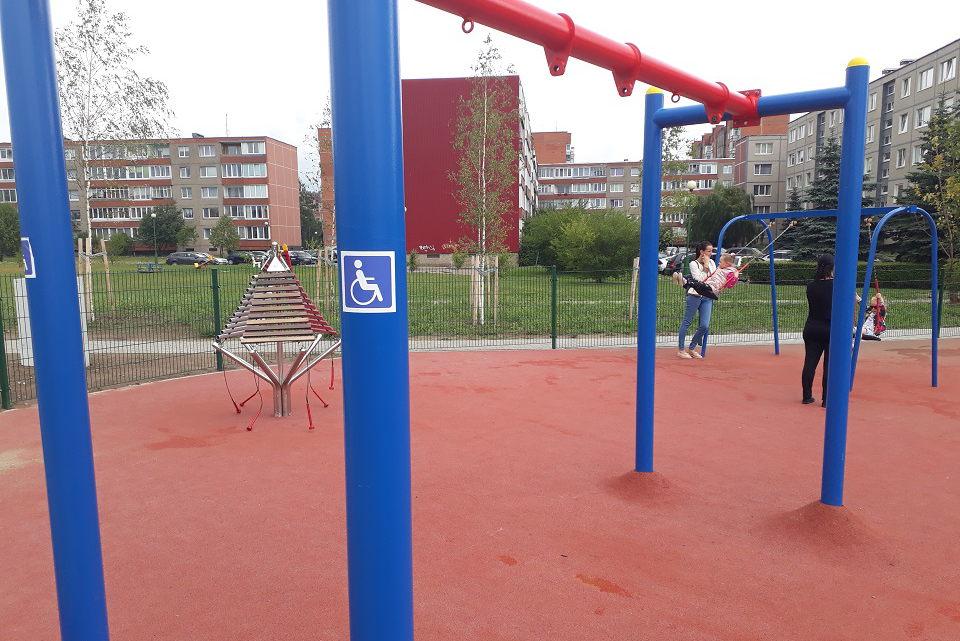 Rajone – naujos vaikų žaidimo aikštelės