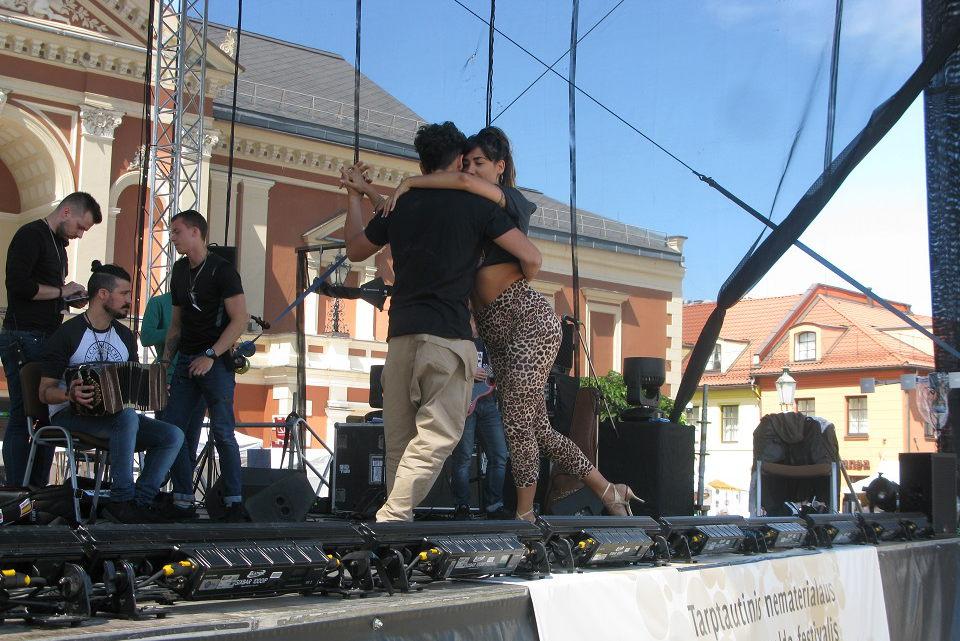 Folkloro festivalyje – ir argentinietiškas tango