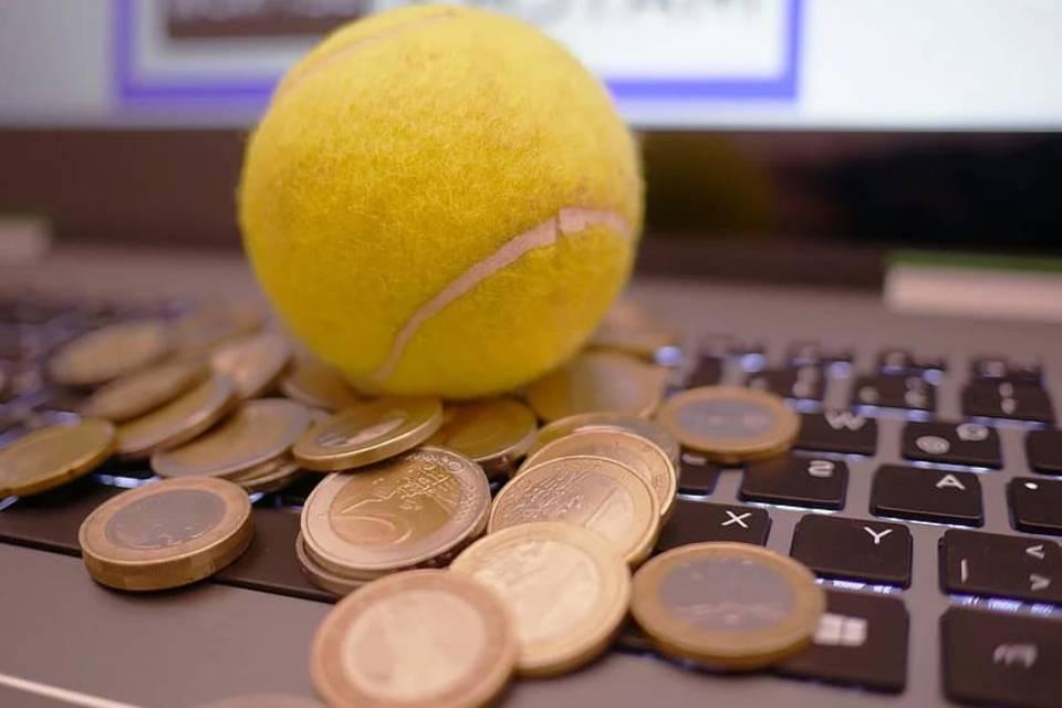 Dalijant pinigus sportui savivaldybėje pakvipo intrigomis