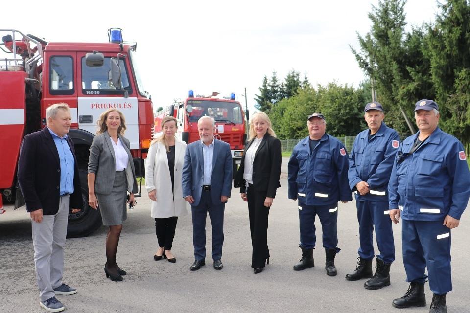 Priekulėje ugniagesiai diskutavo apie tarnybos ateitį