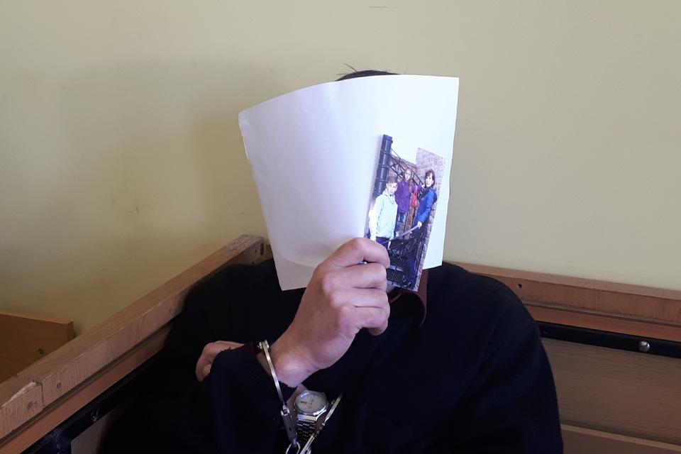 Klaipėdoje žudiku tapęs ukrainietis teisme surengė šou