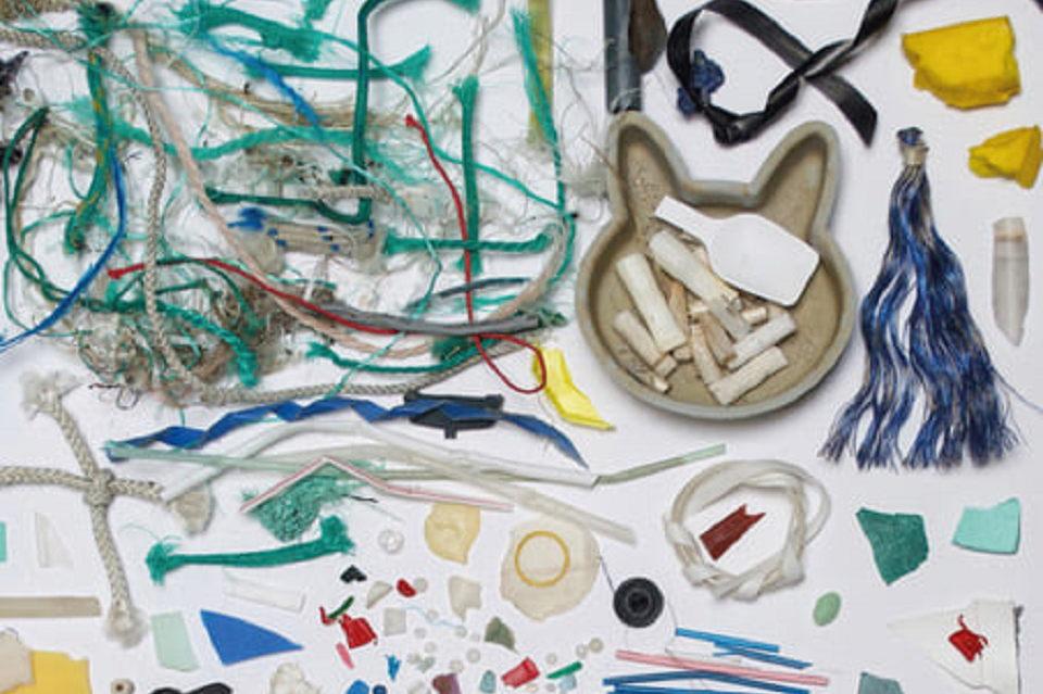"""""""Ramybės"""" galerijoje – plastiko brangenybės iš Baltijos jūros"""