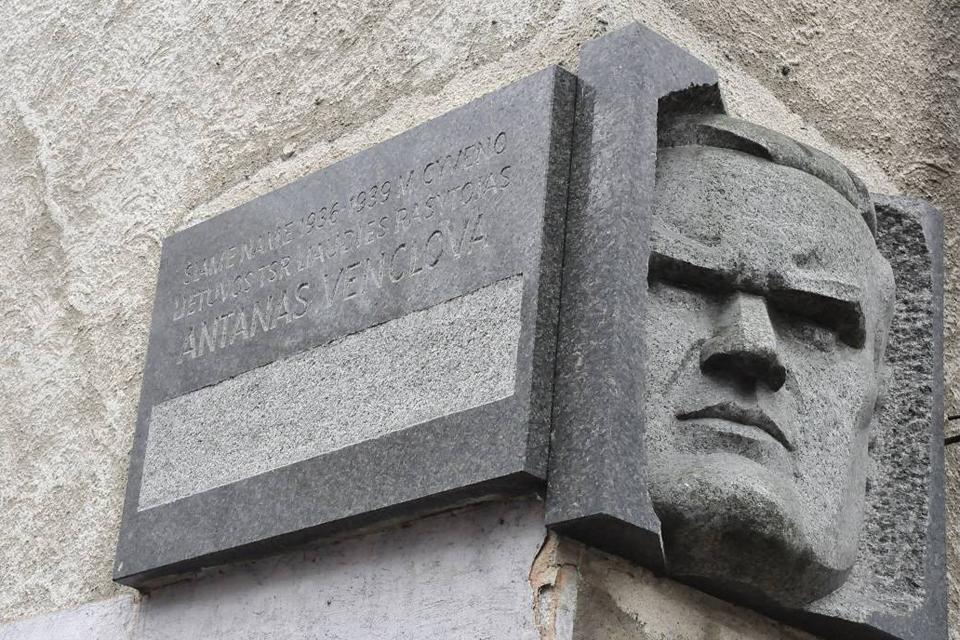 Dėl sovietinių gatvių pavadinimų ir lentelių – diskusija