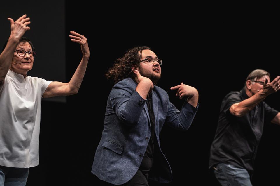 """""""Vienas gestas"""" – pirmas žingsnisį didesnį teatro atvirumą neįgaliesiems"""