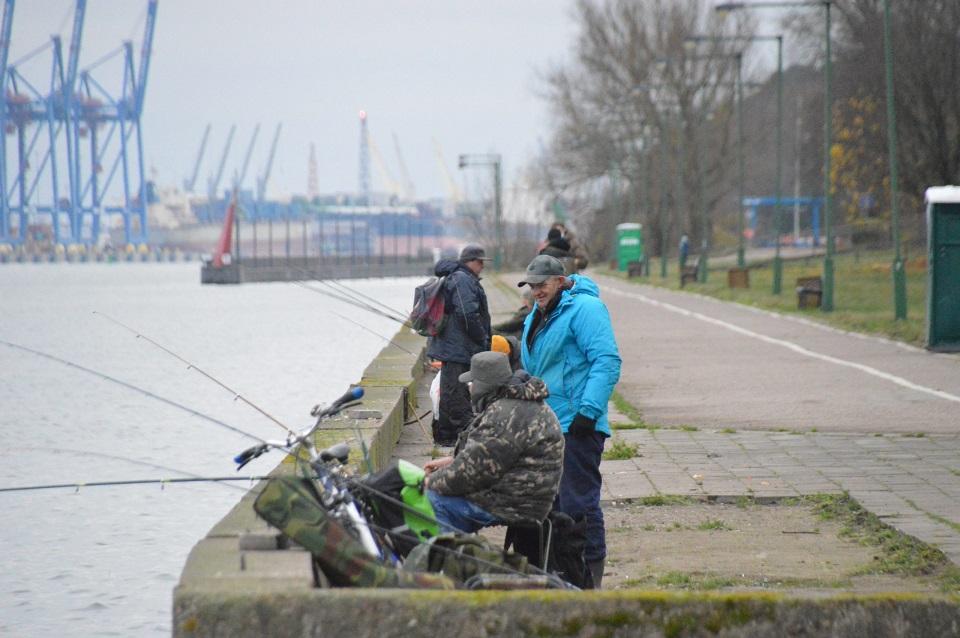 Žvejams mėgėjams karantino nėra? (papildyta)